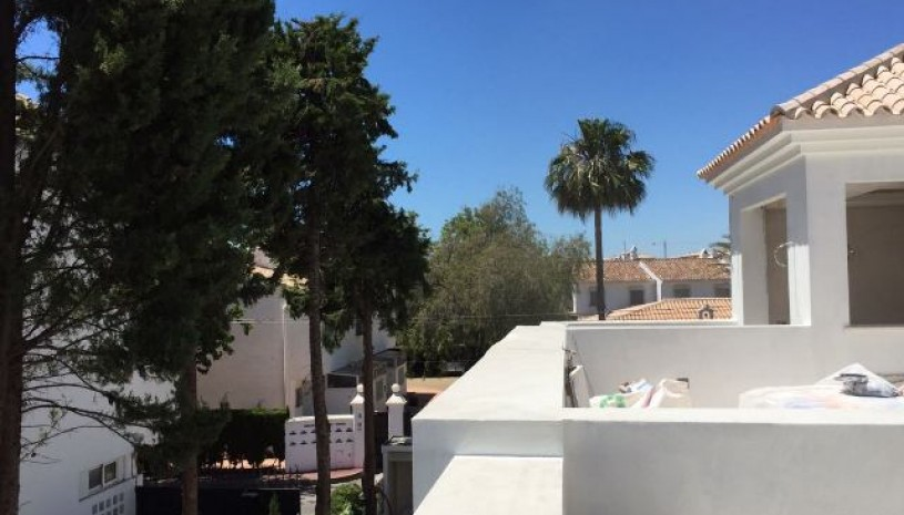 2 Villas in Cortijo Blanco - 5 - homeandhelp.com