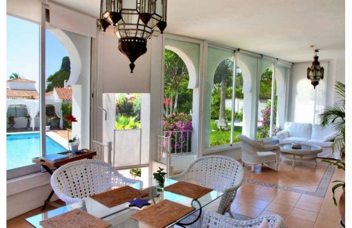 Villa With A Double Plot in Marbella - 2 - homeandhelp.com