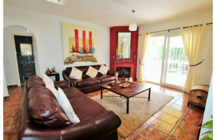 Townhouse In Calahonda - 14 - homeandhelp.com