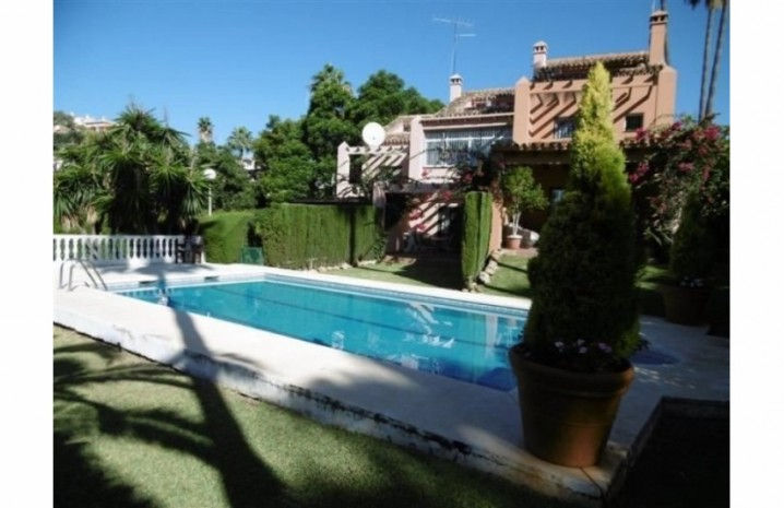 Townhouse in Calahonda - 2 - homeandhelp.com