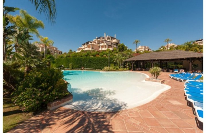 Duplex Penthouse In Benahavis - 2 - homeandhelp.com