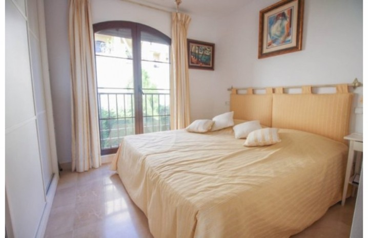 Frontline Golf Penthouse In Benahavis - 3 - homeandhelp.com