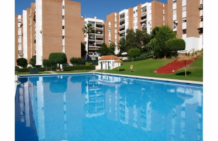 Renovated Penthouse In Benalmadena - 1 - homeandhelp.com