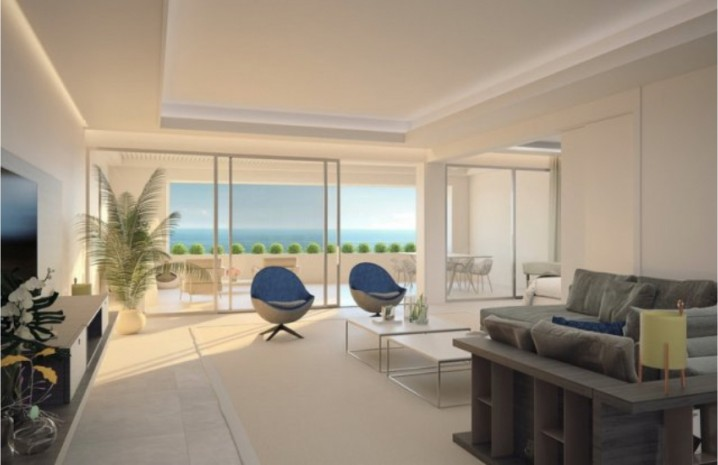 Beachfront Penthouse in Estepona - 1 - homeandhelp.com