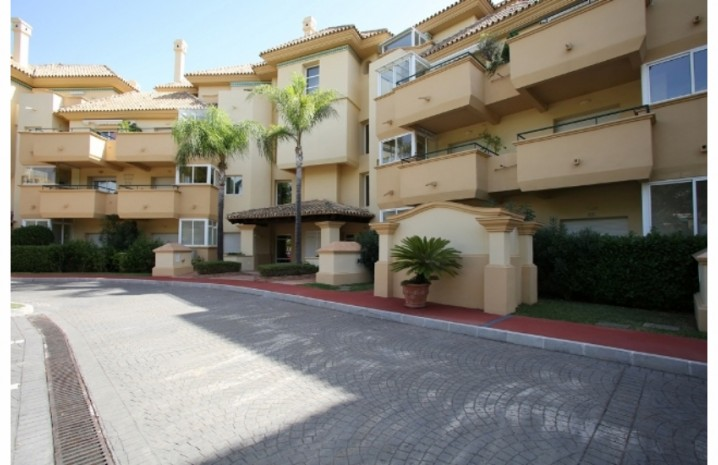 Ground Floor Apartment in Elviria - 11 - homeandhelp.com