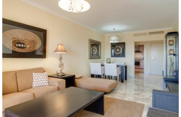Southern Apartment In Mijas Costa - 8 - homeandhelp.com