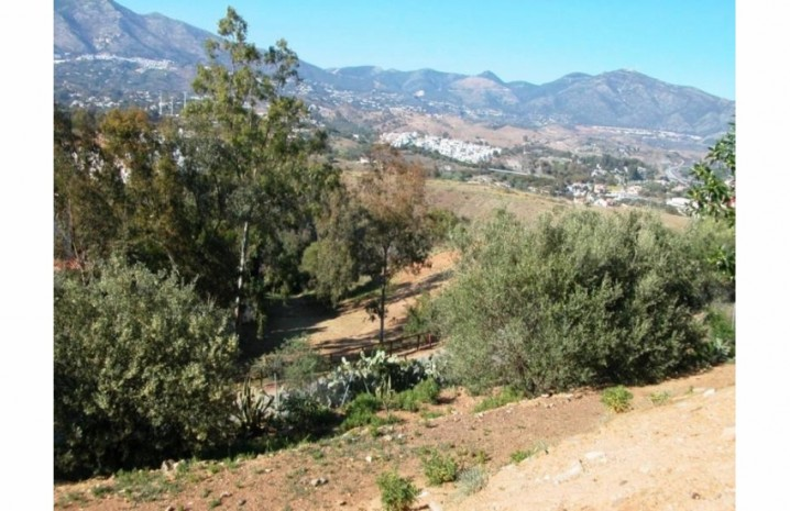 Residential Plot In Mijas - 3 - homeandhelp.com