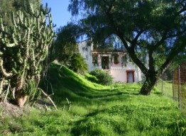 Plot in Benahavis - homeandhelp.com