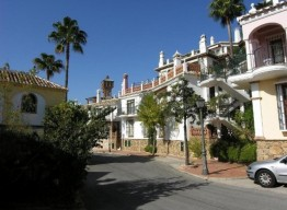 Andalucian Townhouse in Mijas - homeandhelp.com