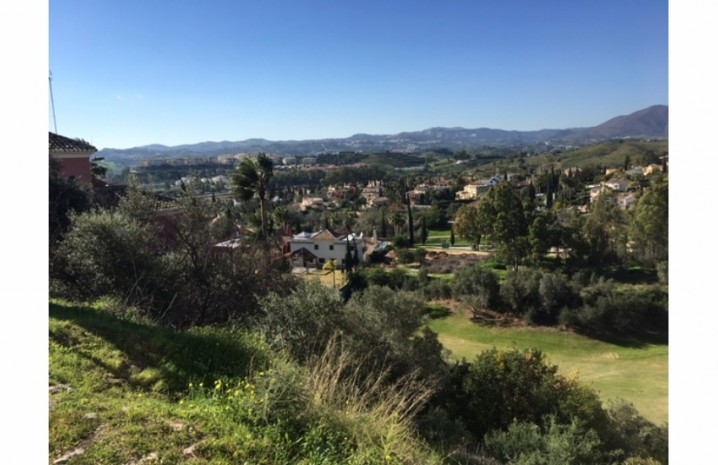 Frontline Golf Plot In Mijas - 3 - homeandhelp.com
