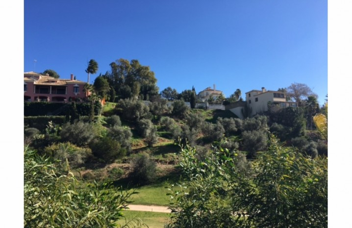 Frontline Golf Plot In Mijas - 4 - homeandhelp.com