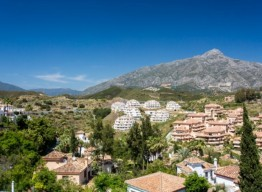 Penthouse In Nueva Andalucia - homeandhelp.com