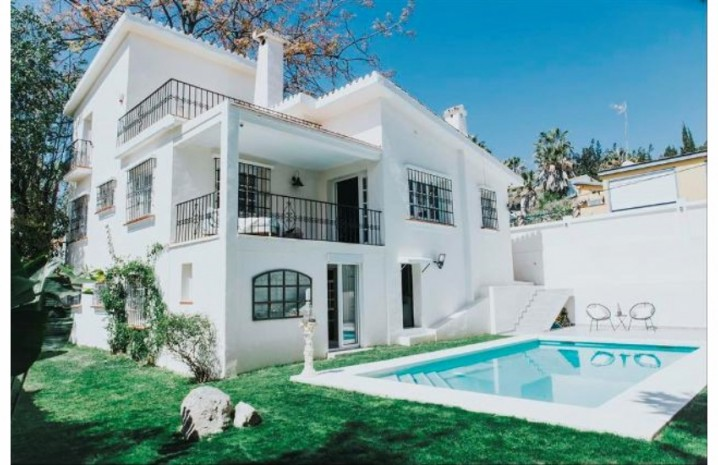 Renovated Villa In Nueva Andalucia - 1 - homeandhelp.com