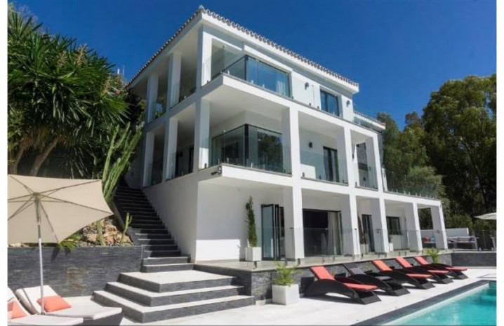 Contemporary Villa In Elviria - 2 - homeandhelp.com