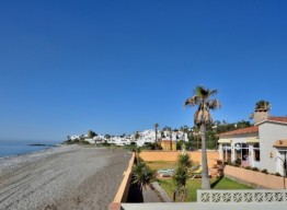 Beachfront Villa In Arroyo Vaquero - homeandhelp.com