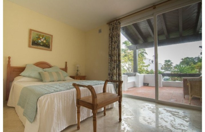 Beachside Townhouse In Costalita - 13 - homeandhelp.com