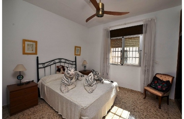 1 Level Villa In Arroyo De La Miel - 5 - homeandhelp.com
