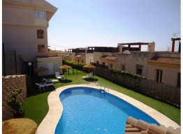Townhouse In Benalmadena - homeandhelp.com