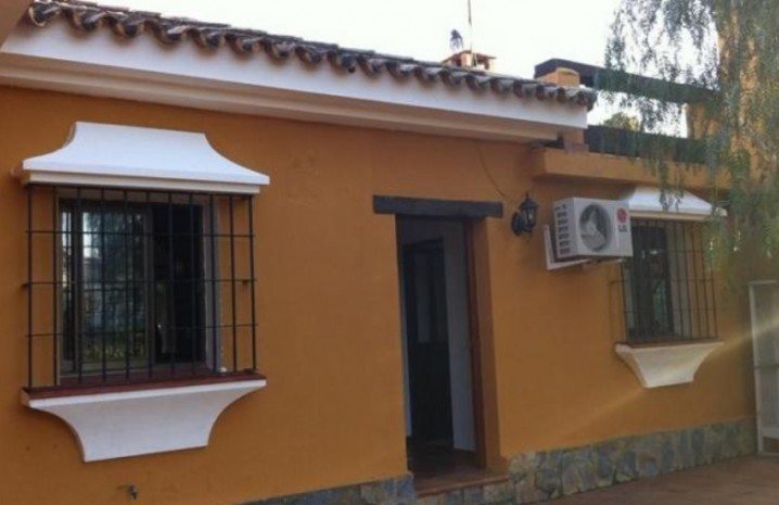 4 Bedroom Townhouse With A Pool In Sabinillas - 5 - homeandhelp.com