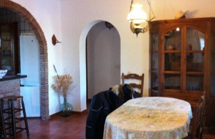 4 Bedroom Townhouse With A Pool In Sabinillas - 6 - homeandhelp.com