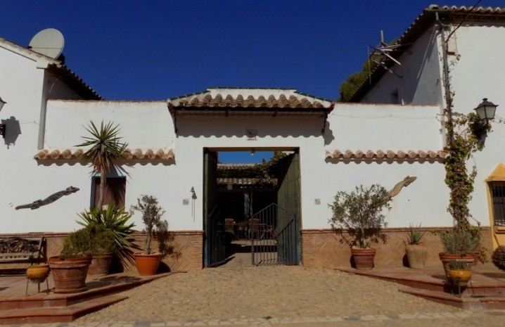 Spanish Cortijo In Antequera - 21 - homeandhelp.com