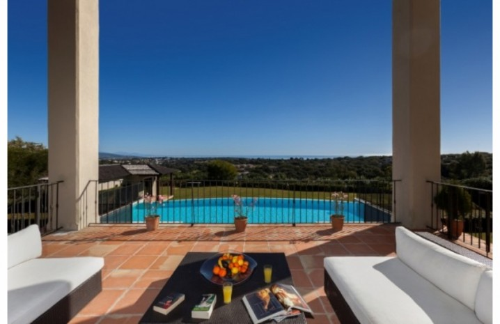 Villa With Golf Views In Sotogrande - 2 - homeandhelp.com