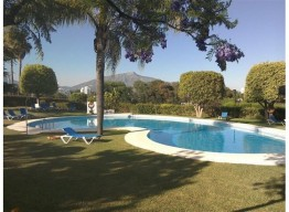 House With Private Garden In Monte Biarritz - homeandhelp.com