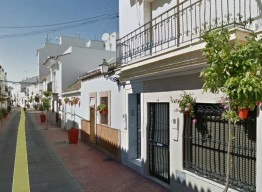 Plot With 3 Buildings in Estepona Old Town - homeandhelp.com