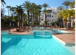 Renovated Penthouse Puerto Banus - homeandhelp.com