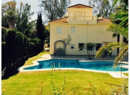 Completely renovated villa in Nueva Andalucia - homeandhelp.com