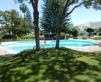 3 Bedroom Apartment In Puerto Banus - homeandhelp.com