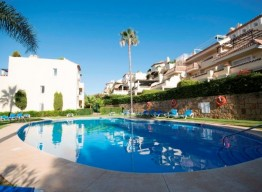 Garden Apartment In Nagueles - homeandhelp.com