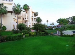 Apartment with Garden in El Velerin - homeandhelp.com