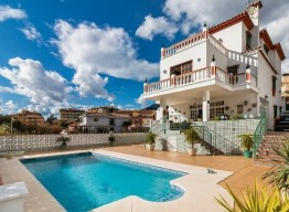 Villa in Marbella Center - homeandhelp.com