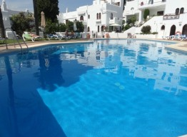 2 Bedroom Apartment in Nueva Andalucia - homeandhelp.com