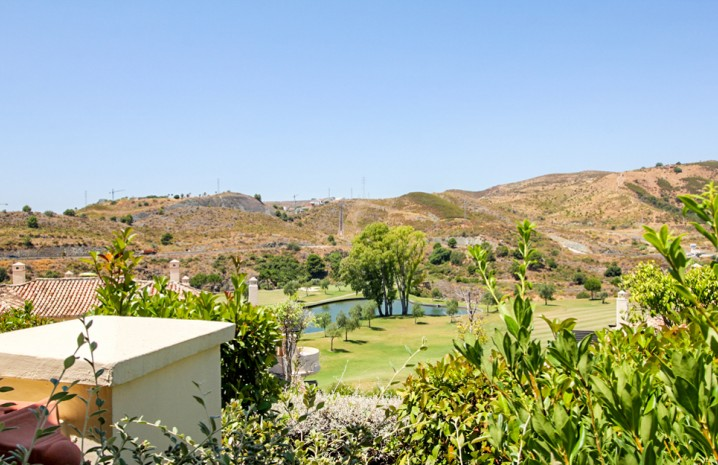 2 Bedroom Ground Floor Apartment in Capanes del Golf - 4 - homeandhelp.com