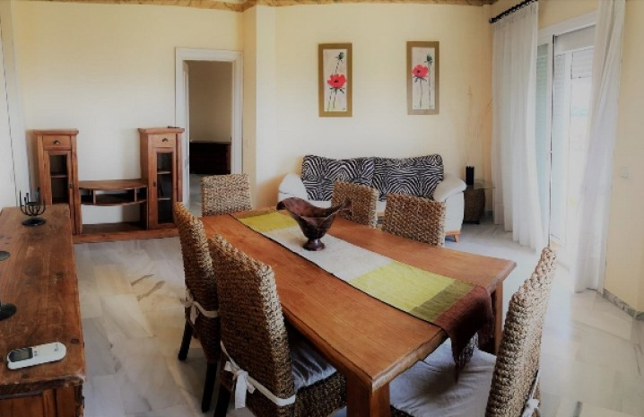 1 Bedroom Apatment in Las Lomas - 2 - homeandhelp.com
