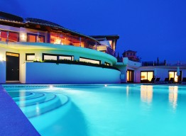 Ultra Luxurious Modern Villa in Los Flamingos - homeandhelp.com