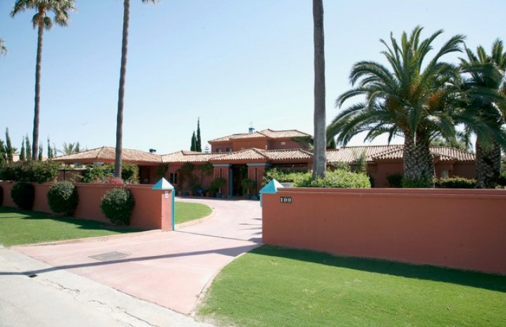 Villa in Sotogrande Costa - 5 - homeandhelp.com