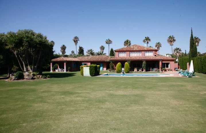 Villa in Sotogrande Costa - 4 - homeandhelp.com