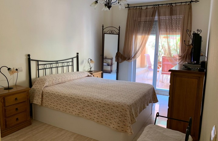 2-Bedroom Apartment in Sabinillas - 7 - homeandhelp.com