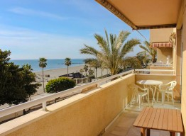 Beachfront Apartment on Estepona Promenade - homeandhelp.com