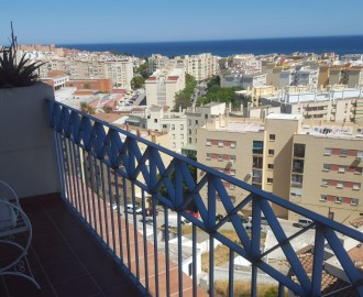 Apartment with Panoramic Sea Views in Estepona - homeandhelp.com