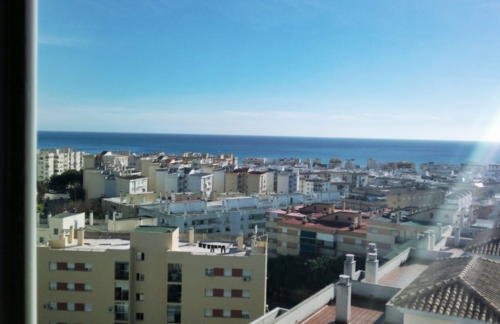 Apartment with Panoramic Sea Views in Estepona - 11 - homeandhelp.com