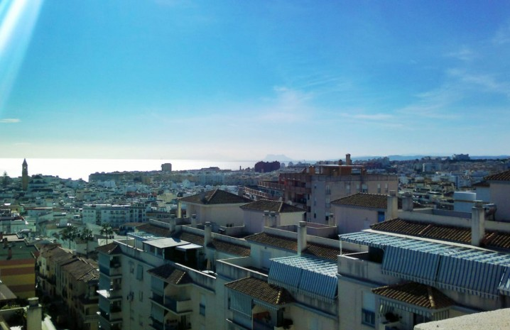 Apartment with Panoramic Sea Views in Estepona - 15 - homeandhelp.com