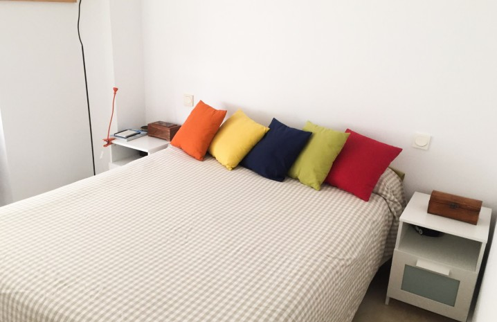 Beachside Apartment in Sabinillas - 15 - homeandhelp.com