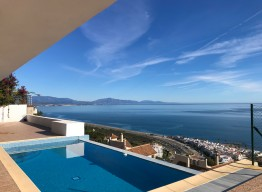 Luxurious Villa with Panoramic Sea Views in La Paloma - homeandhelp.com
