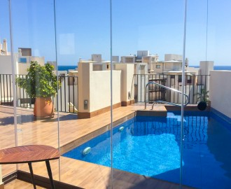 4 Bedroom Duplex Penthouse with Panoramic Sea Views - homeandhelp.com